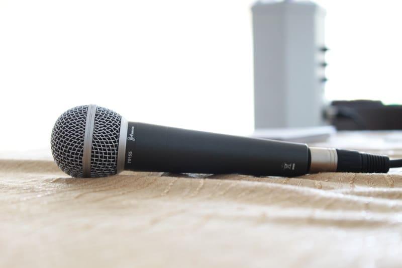 microfono per cantare